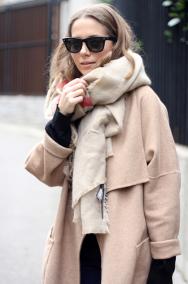beige-blanket-scarf