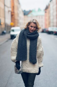 knitted-jumper-scarf