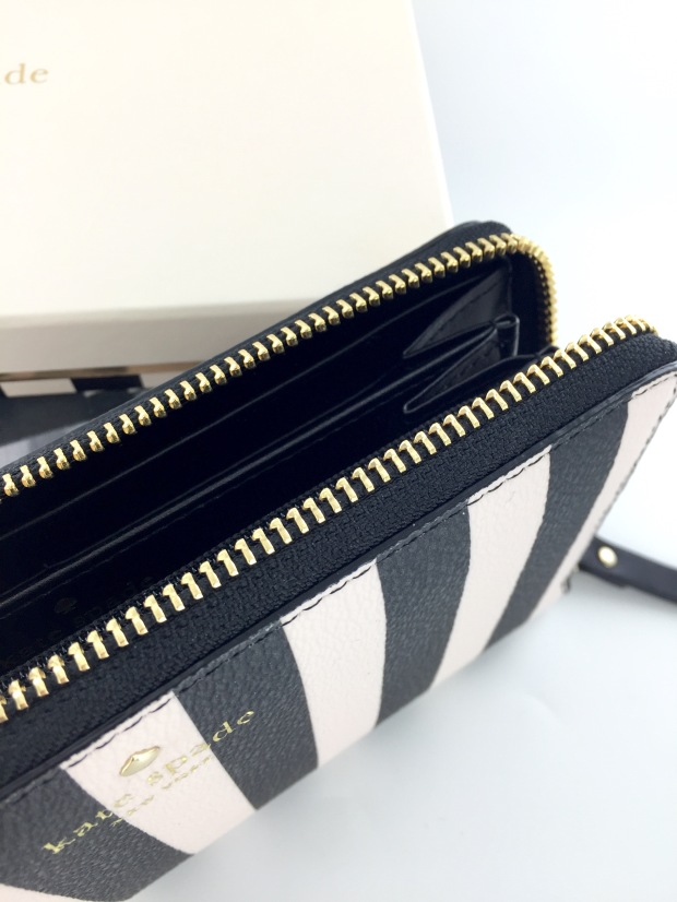 Kate Spade New York Zip Wallet
